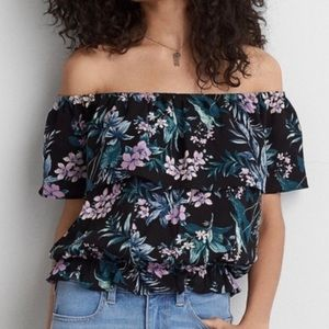 AMERICAN EAGLE Top Off Shoulder Ruffle Floral M